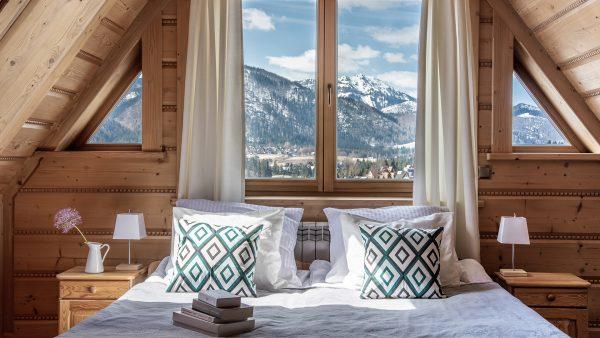 Dwuosobowy z 1 lub 2 łóżkami i widokiem