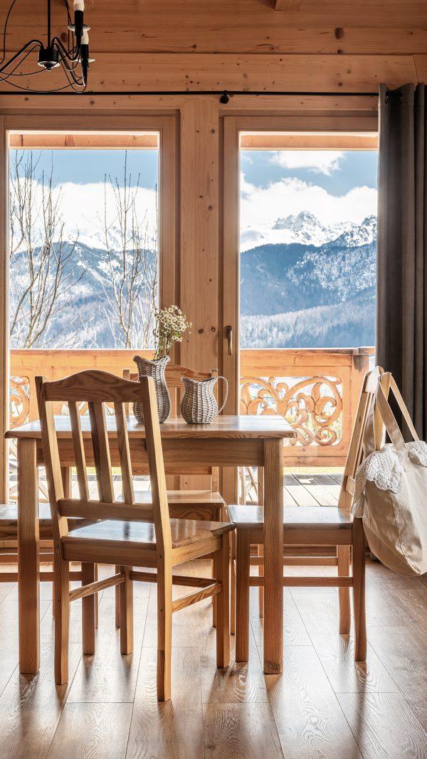 Studio z widokiem na góry
