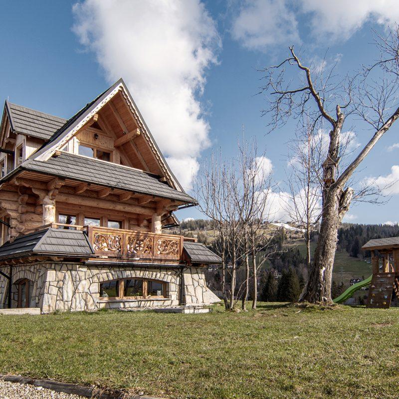 Wierchowa Chata Kościelisko dom góralski z widokiem na Tatry 93